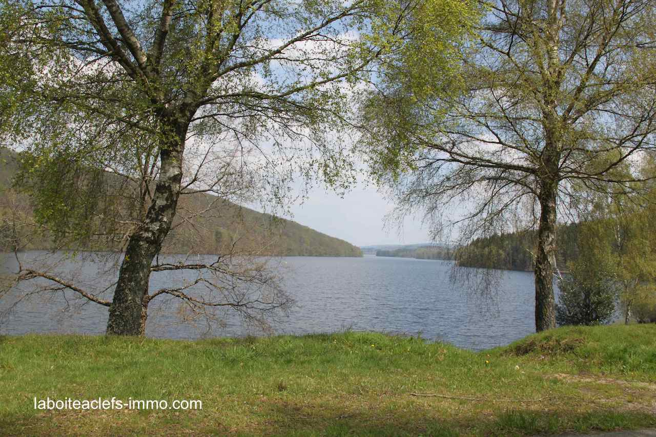 le lac de Vassivière