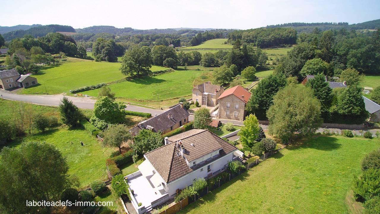 grande maison 4 chambres à 100 m du village