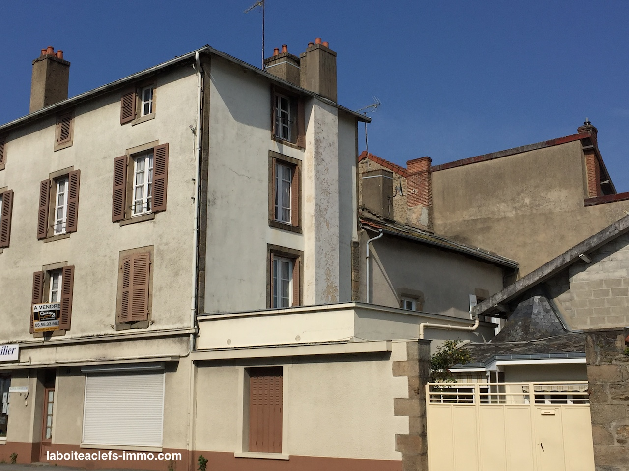 une grande maison à Bourganeuf